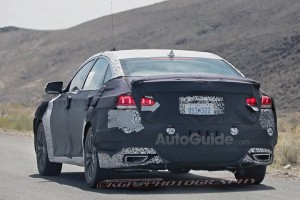 2018-hyundai-genesis-sedan-spy-photos-11 [640x480]