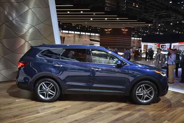 2017 Hyundai Santa Fe Chicago 6