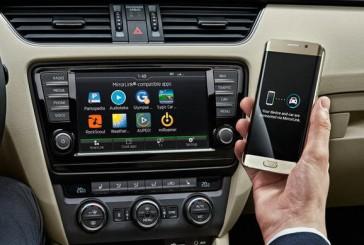 اشکودا، MirrorLink را به خودروهای خود میآورد