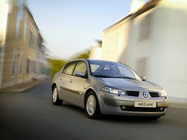 Renault-Megane_II_Saloon-2003-800-01