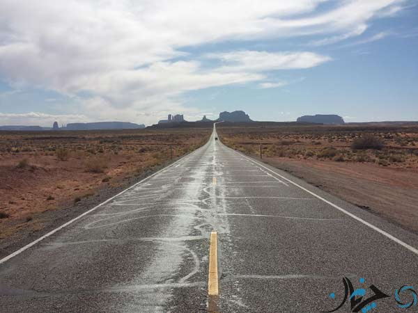 Road-163-Heading-Towards-Monument-Valley-National-Park,-Utah-USA