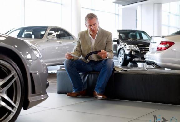 هنگام مراجعه به بنگاه معاملات خودرو، مراقب این ۵ ترفند باشید!