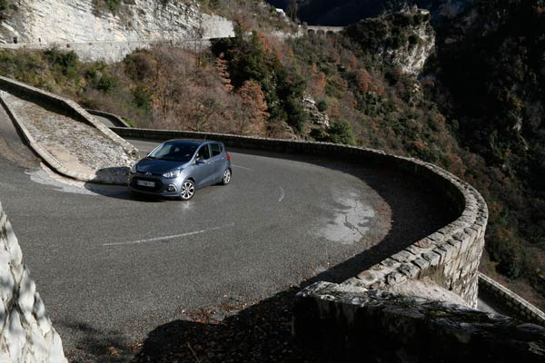 2014-hyundai-i10-review-04