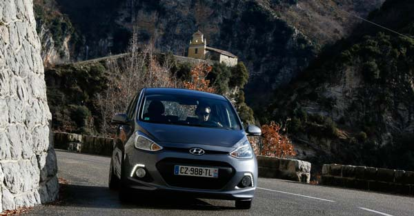 2014-hyundai-i10-review-09