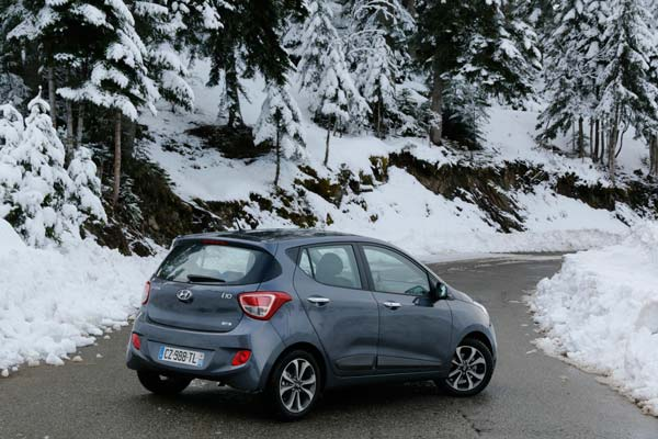 2014-hyundai-i10-review-14