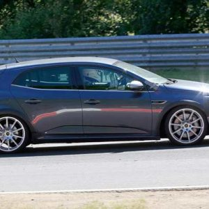 renault-megane-rs-development-mule-spied-07