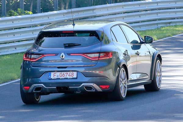 renault-megane-rs-development-mule-spied-09