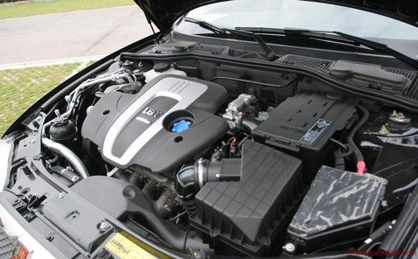 saic-roewe-750-hybrid-020
