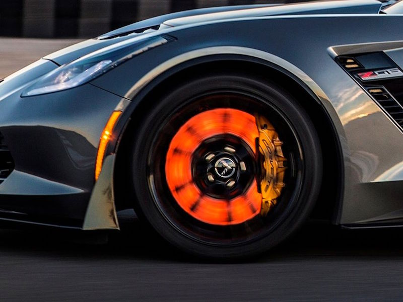 brembo-glowing-corvette-brakes