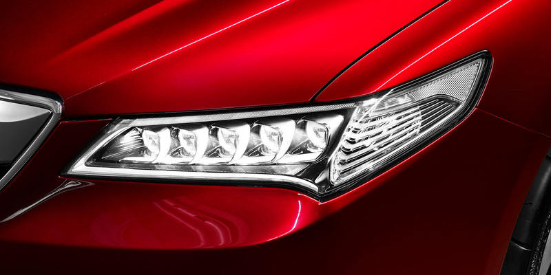 acura-tlx-prototype-led-headlights-2000px_easy-resize-com