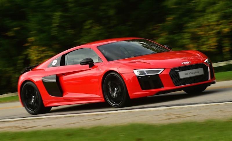 Audi-R8-1