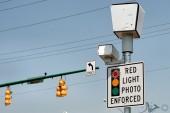 آیا استفاده از دوربین ثبت تخلف عبور از چراغ قرمز باعث کاهش تلفات جانی شده؟