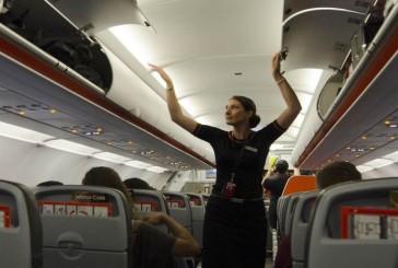 چرا مهمانداران هواپیما بیشتر ترجیح میدهند که در کلاس اکونومی کار کنند؟