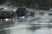 چگونه در هوای بارانی رانندگی کنیم؟ (ویدئوی اختصاصی)