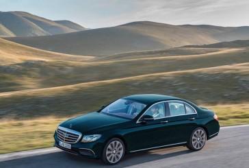 با ۹ خودروی سدان مدل ۲۰۱۷ دارای آخرین فناوریها آشنا شوید!