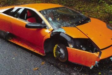 ۸ نشانه تصادفی بودن یک خودروی کارکرده!