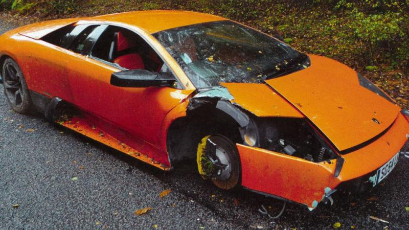 8 نشانه تصادفی بودن یک خودروی کارکرده!