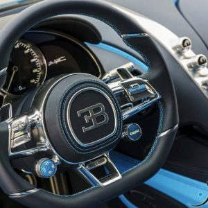 Bugatti-Chiron-steering-wheel