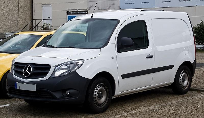 Mercedes-Benz_Citan_Kastenwagen_Lang_108_CDI_(W_415)_–_Frontansicht,_23._März_2014,_Düsseldorf