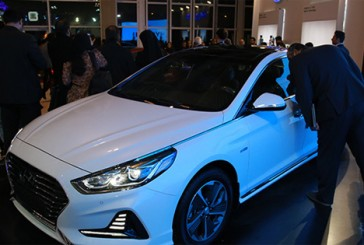 رونمایی از سوناتا ال اف ٢٠١٨ هیبریدى در نمایشگاه خودروی تهران!