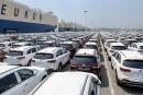 بازار خودرو در داخل کشور همچنان در سرگردانی به سر میبرد!