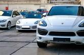 چه تفاوتی مابین نماینده رسمی با توزیعکننده خودروهای وارداتی وجود دارد؟