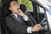 رابطه مستقیم خواب آلودگی و تصادف؛ نشانه های کم خوابی چیست؟!