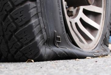 عوامل ترکیدگی لاستیک چیست؛ اگر لاستیک خودرو ترکید چه کار کنیم؟