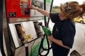 آیا استفاده از تلفن همراه در پمپ بنزین باعث انفجار میشود؟