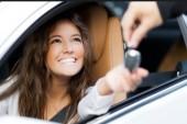 افزایش ۲۰ درصدی مالکیت خودرویی بانوان طی یک دهه گذشته
