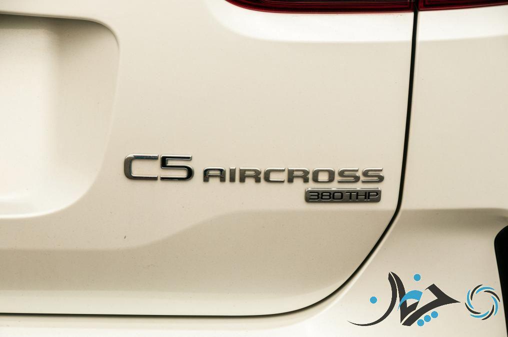 کراساوور C5 ایرکراس سیتروئن در پاریس رونمایی شد